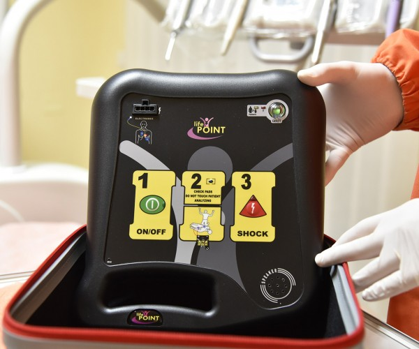Polimed-Pontecorvo-defibrillatore